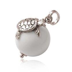 Zilveren hanger met schildpad op wit agaat