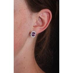 Witgouden oorbellen met amethist en briljant