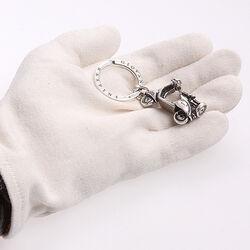 Zilveren sleutelhanger Scooter van Raspini