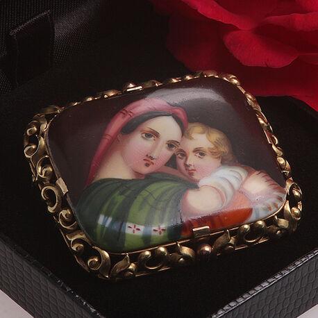 Gouden broche portret op porselein