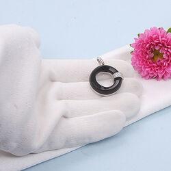 Zilveren ronde hanger met onyx en zirkonia