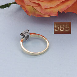 Gouden ring met saffier en briljanten