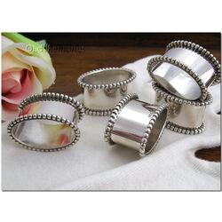 Zilveren vingerdoekring met parelrand