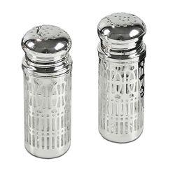 Verzilverd peper en zout stel met glas