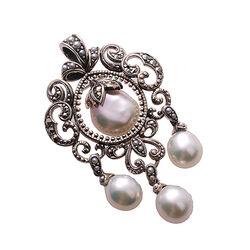 Beeldschone zilveren hanger met markasiet en grote parels