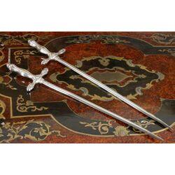 Verzilverde spiesjes zwaardvorm