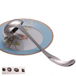 Zilveren soeplepel bewerkte steel