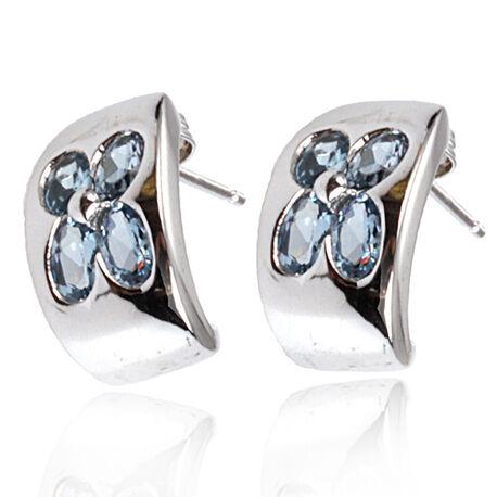 Zilveren oorbellen met blauw zirkonia