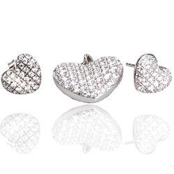 Zilver hangertje met oorbellen hart