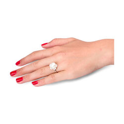 Witgouden ring met parel en briljanten