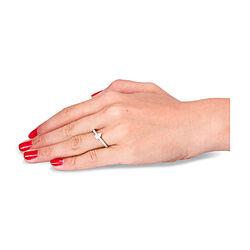 Witgouden ring met peervormig diamant en briljantjes