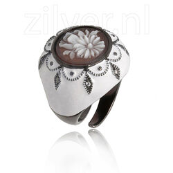 Diluca Ring Camee Wit Emaille En Zirkonia