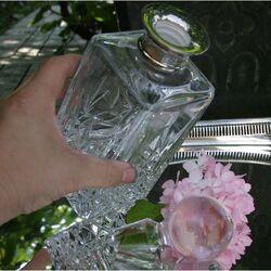 Kristallen karaf met zilver montuur van Carrs