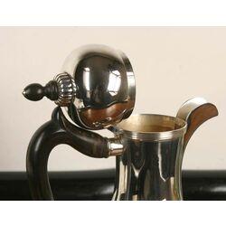 Zilveren koffiepot met houten greep Bonebakker en Zn