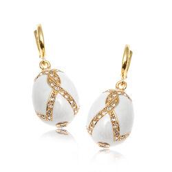 Vergulde oorbellen wit emaille van Fabergé