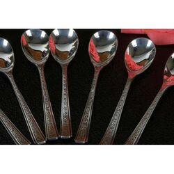 zilveren theelepeltjes gemaakt door Hooijkaas