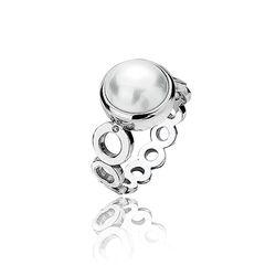 Hot Diamonds ring Diamonds & Pearl