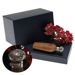 Bijzondere Parfumflacon Zilveren Dop