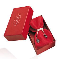 rode zak potpourri met zilveren kerstbedels