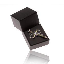 Zilveren kruisje van edelstenen