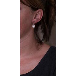 witgouden oorbelhangers met parel