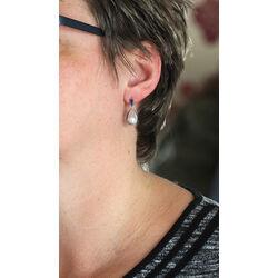 Zilver oorbellen blauw emaille met parel Nicole Barr