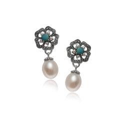Zilveren oorstekers bloemvorm met opaaltje