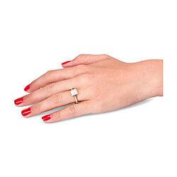 Gouden ring met prinses geslepen diamanten