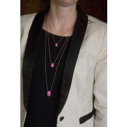 Rosé verguld collier met roze eihanger van Fabergé