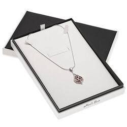 Nicole Barr ketting met hanger rood emaille diamant