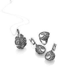 Gezwart zilveren ring met zirkoon en wit agaat Fabergé