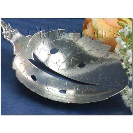 Zilveren natfruitschep deels gematteerd