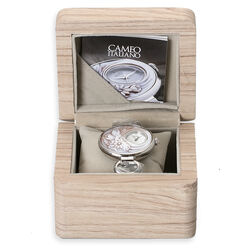 Horloge met schakelband en schelpcamee