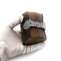 kleine bijbel met zilver slot
