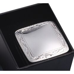Vierkant zilveren doosje gegraveerde rand