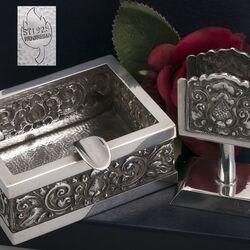 Djokja zilveren asbak met zilveren luciferhouder