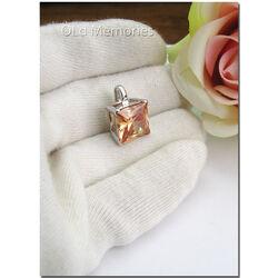 vierkante zilveren hanger champagnekleur zirkonia ZIH267C Zinzi