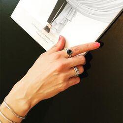 Julie Sandlau Bamboo zilveren ring hematiet quartz