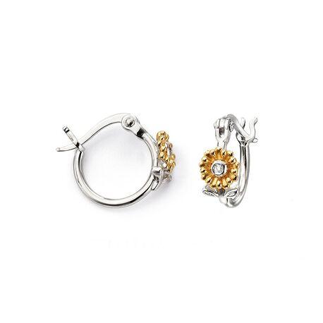 D for Diamond zilveren creolen bloemetje