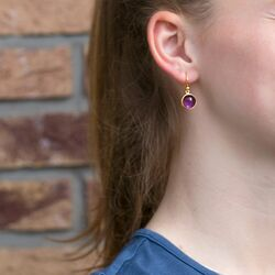Julie Sandlau verguld zilveren oorhangers paars