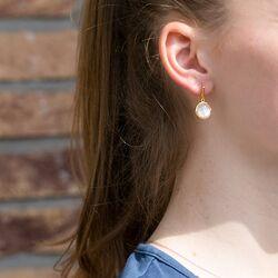 Julie Sandlau verguld zilveren Bamboo oorhangers Parelmoer