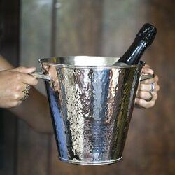Verzilverde wijnkoeler gehamerd oppervlak