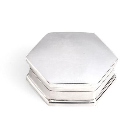 Zeskantig zilveren doosje