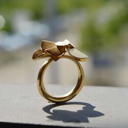 Bastian Inverun vergulde ring Fairytale leaf