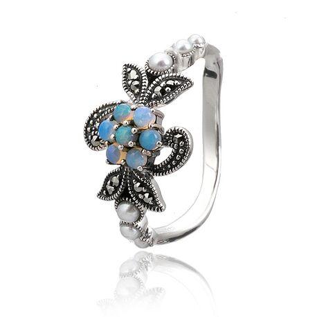 Zilveren ring met markasiet en opaal