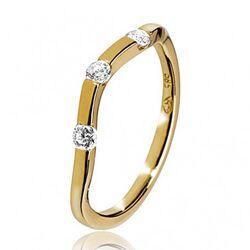 Gouden ring met slag en 3 briljanten