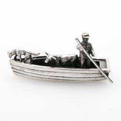 Miniatuur zilveren boot boer met koe