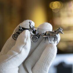 Open koets miniatuur zilver