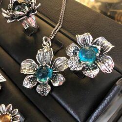 Raspini Ring Orchidee Blauw Zirkonia