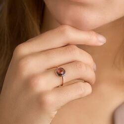 Roségouden ring met rhodoliet